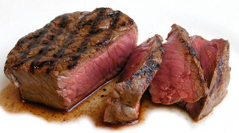 100628grilling_steak-thumb-480x268